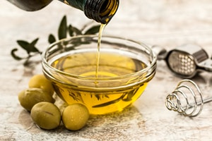Olive Oil For Clear Skin